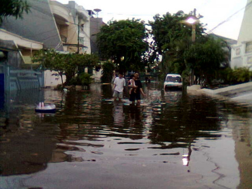 avoid home location that is potentially got flood disaster