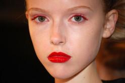 Creating a Red Eye Look Using Eye Shadow, Mascara or Liner
