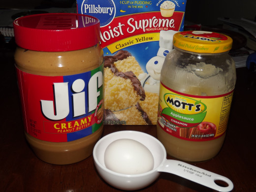 Ingredients for peanut butter cake.
