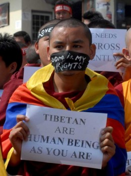 the key factors in the conflict between tibet and and china Because tibet is bordered by china to the north, east, and west, tibetan and key events in the conflict between tibet push & pull factors refugee.