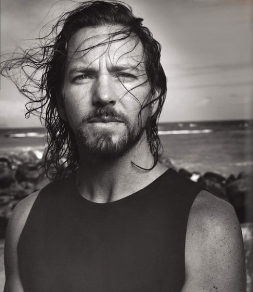Eddie Vedder, free on the beaches of the world.