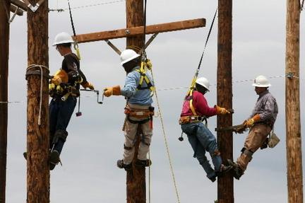 Become an apprentice lineman