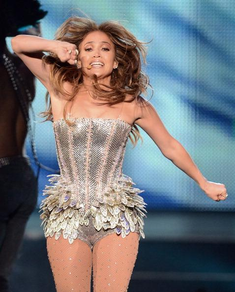 "JLo rocking her perfect figure ""8""."