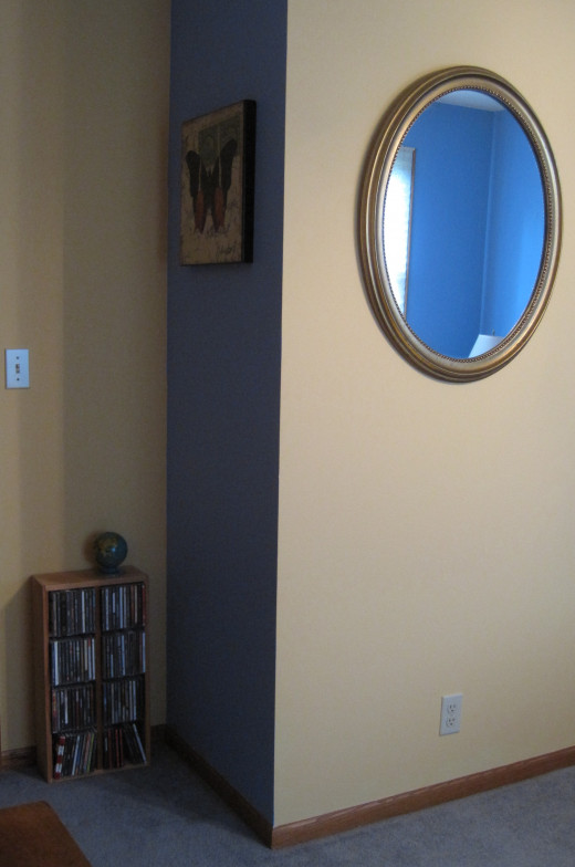 Blue corner accent wall.