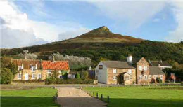 Newton-under-Roseberry with the King's Head and Roseberry Topping behind
