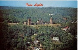 A 1950s postcard showing the Navesink Lighthouse and the hill below which served as the lookout point