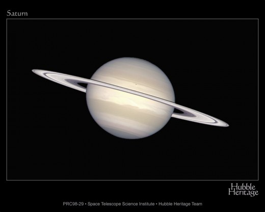 A beauty shot of Saturn taken by the Hubble Space Telescope.