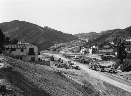 Hollywood freeway construction at Cahuenga Pass