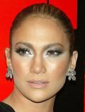 Silver Makeup Looks, Ideas, Tutorials