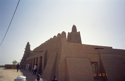The Djingareyber Mosque in Timbuktu, Mali, Africa.