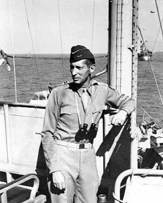 Lt General Mark W Clark