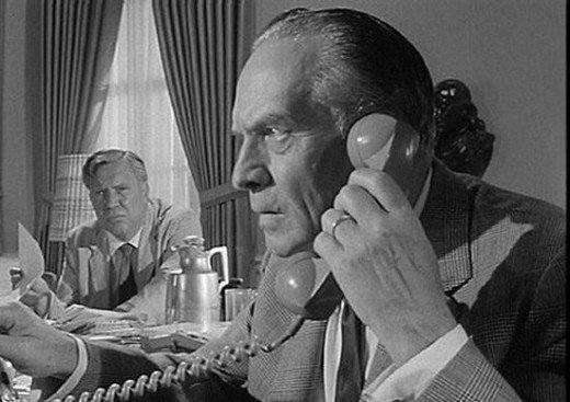 Edmond O'Brien and Fredric March in Seven Days in May (1964)