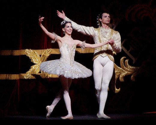 Alexandra Ansanelli as Princess Aurora and David Makhateli as Prince Florimund in a Royal Ballet production of Sleeping Beauty on 29th April 2008.