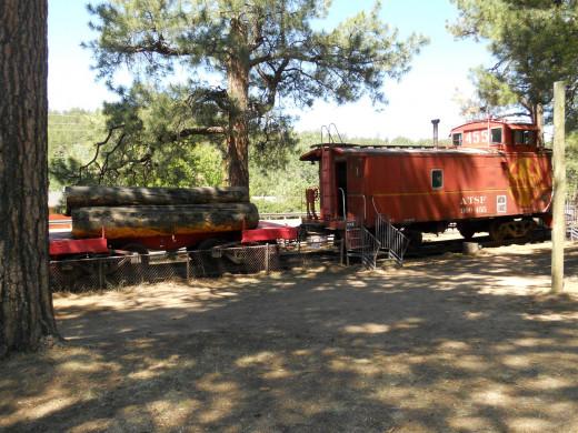 Santa Fe CE-2 caboose