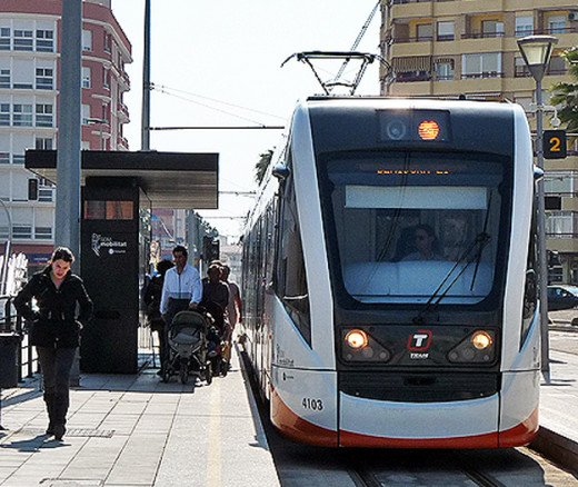 This is one of the new trams about to leave Villjoyosa's station, it costs one euro to get to Benidorm on the tram from Villajoyosa