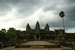 What should one keep on mind while traveling to Cambodia?