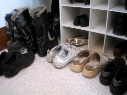 Take measurements of closet spaces before purchasing organizers to ensure that they will fit.