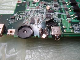 Broken headphone jack before replacement.