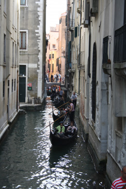 Gondola's down every waterway
