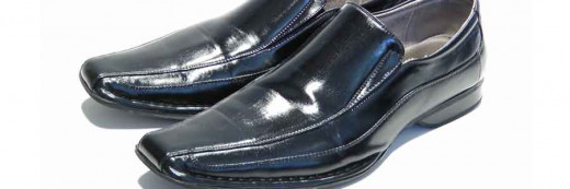 Polished SKUFF is the best looking, longest lasting shine you can apply to your dress shoes.  So, if you need to look good and don't have the time or patience to keep shining your shoes, Polished SKUFF is your solution.