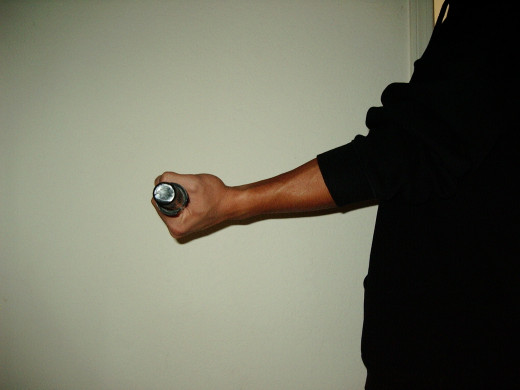 Supination Exercise. Photo by Hipnotic88. Used under CC Universal Public Domain Dedication.