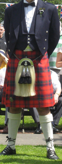 What's the difference between a kilt and a skirt?
