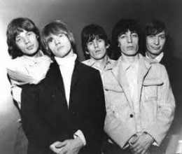 Mick leaning on Brian's shoulder, Keith between Brian and Bill, and Charlie in the margin - as ever, supporting at the back of the band