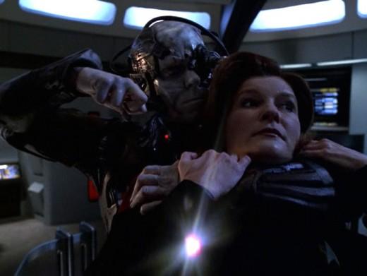Star Trek: Voyager: 'Q2'