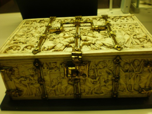 Ivory box decorated with scenes from epics such as King Arthur and his knights.