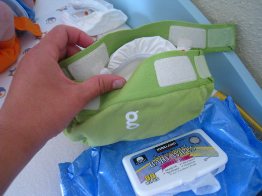 A Hybrid Diaper, G-Diaper Brand, this actually is showing the back as these diapers have the aplix close at the back of the diaper.