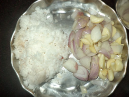 Grated coconut, onion and garlic cloves