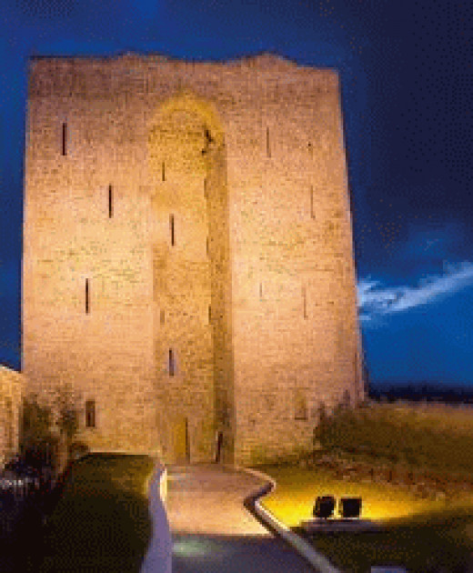 Listowel Castle at night