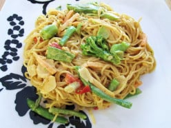 Spicy Peanut Noodles, Quick and Easy Vegetarian Recipe