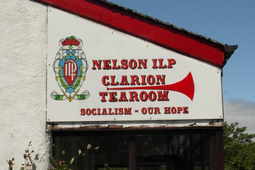Clarion tearoom Sign