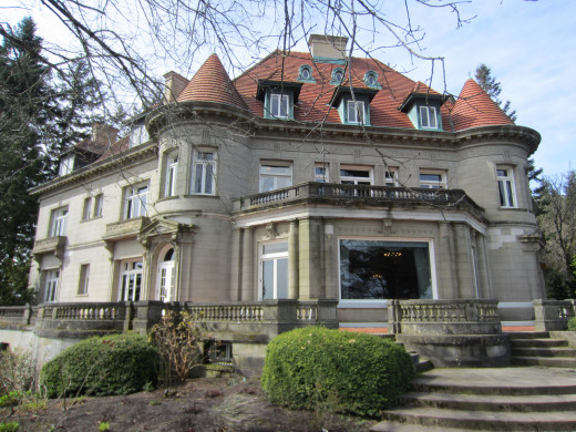 The turn of the 20th century mansion is beautifully preserved and provides an interesting historical point of reference.  Located slightly out of town, it offers a great view of the city below.