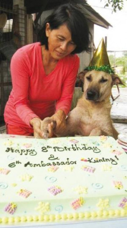 Sabrina with Kuning (Yellow), celebrating his appointment as the 6th Ambassador of Furry Friends Farm