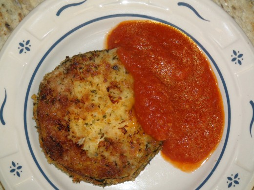 Italian fried zucchini / courgette with tomato sauce