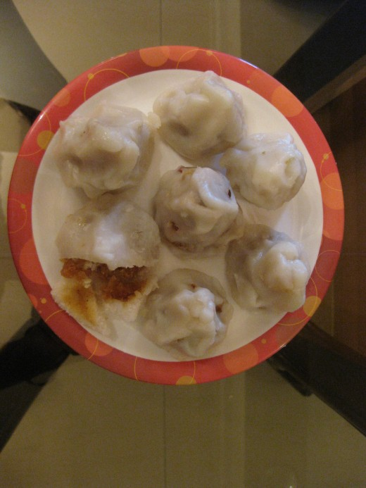 Sweet dumplings stuffed with grated coconut and jaggery
