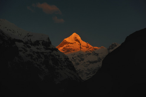The Neelakant Parvat as the first golden rays of the sun strike it at 5:30am.
