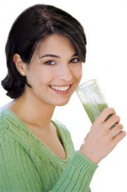 What are the Health and Beauty Benefits of Wheatgrass?