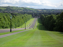Prince of Wales Avenue, Stomont: the main drive leading up to Parliament Buildings at Stormont from the Upper Newtownards Road.