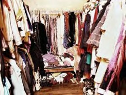 Simple example of a cluttered closet that can be a block to selling your house fast.