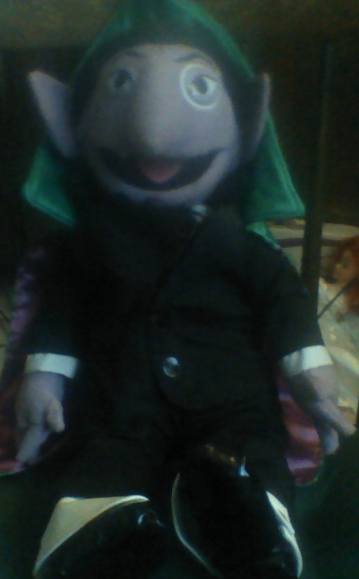 """Sesame Street's """"the Count"""" is purple"""