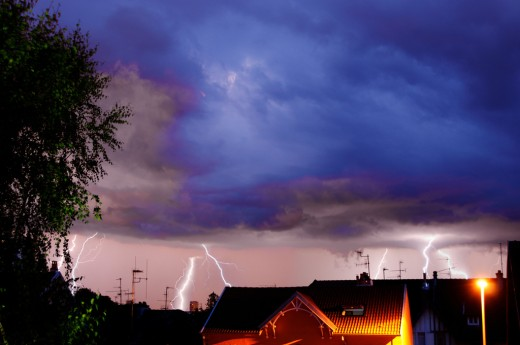 Thunderstorms: deadly, but photogenic