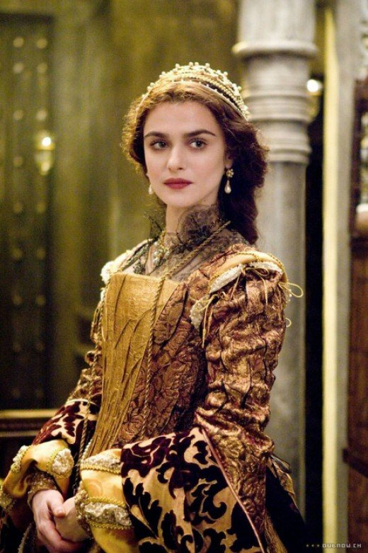 Rachel Weisz as Queen Isabela