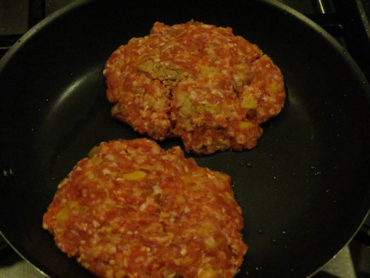I had to use a smaller pan for the other two, this particular recipe produces six hamburgers at about 1/3 of a pound precooked weight.