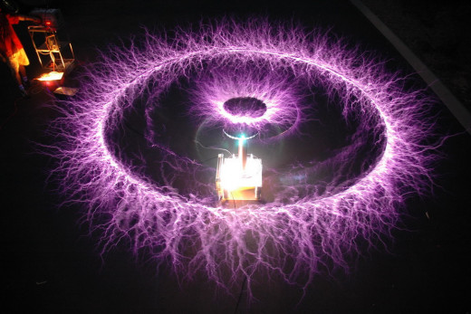 jelly fish Tesla coil effect