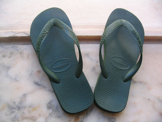 Flip-flops Havaianas. In public domain. Source: Wikipedia