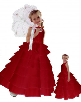 I love this red holiday dress for a little girl. Would be a great dress for any special occasion.