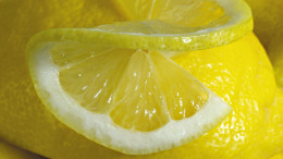 Freshly Cut Lemons Make The Very Best Lemonade
